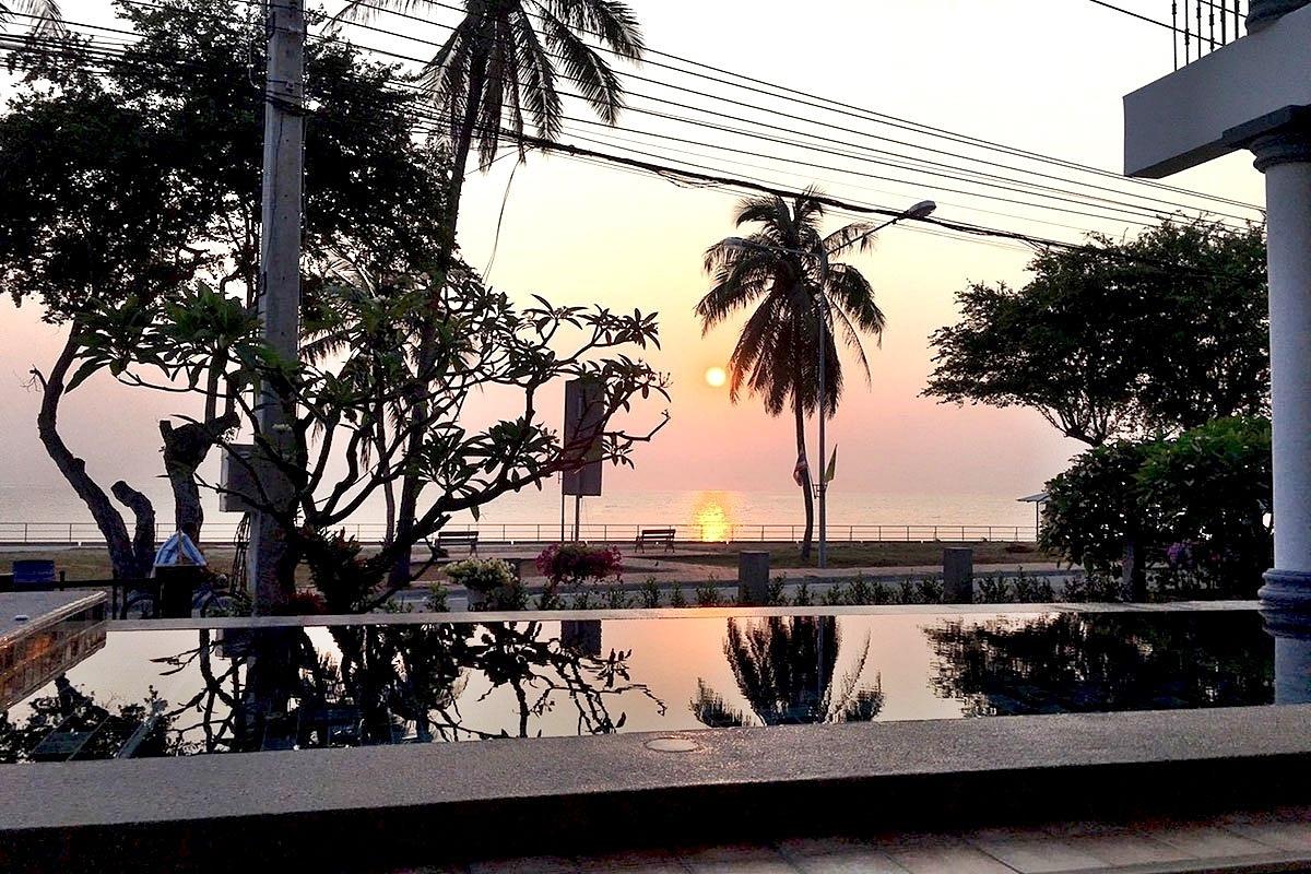 บ้านวันสบาย ปราณบุรี พูลวิลล่า