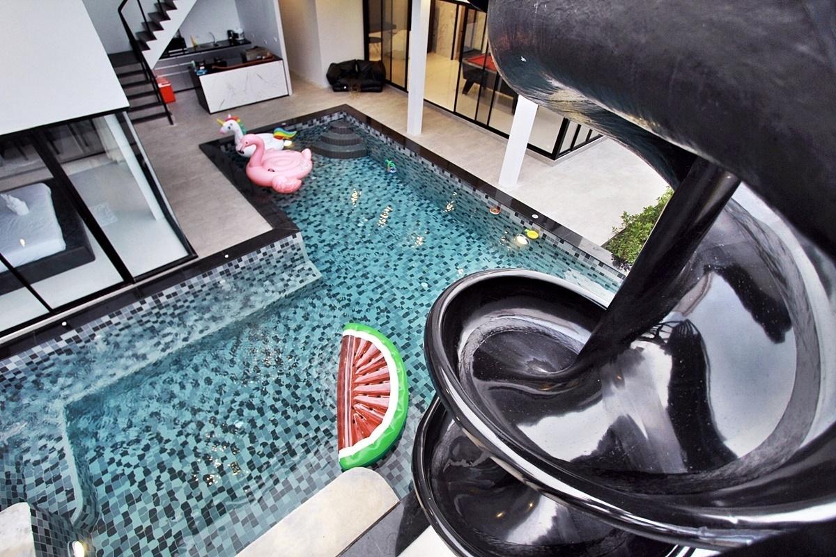 บ้านคอนทราสต์ หัวหิน พูลวิลล่า