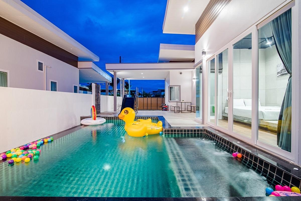 บ้านคอมพลีท หัวหิน พูลวิลล่า